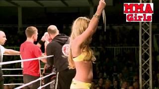 Blood Was Everywhere   MMA Fight Girls Alexandra Buch vs Megan van Houtum1