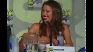 Best moment of Amy Acker in Person of Interest Panel (SDCC 2015)