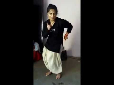 Beautiful Dance Performance By Indian Girl