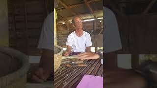 សិប្បកម្មតម្បាញកញ្ជើពីឫស្សី  (Cambodia Weaving Handicraft Bamboo Basket)