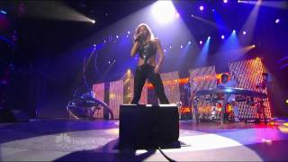 Shakira - She Wolf (America's Got Talent Finale 16-09-09).mkv