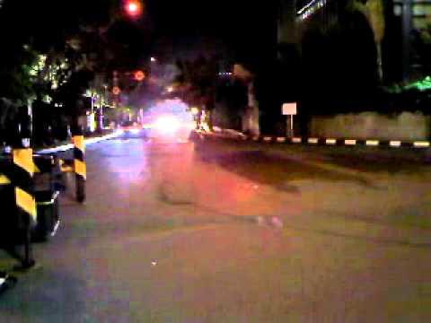 Aksi Kejar-Kejaran Polisi di Sudirman Jakarta