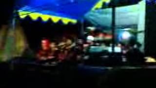 Marawis from pst.alfadliyah tuban ciroyom in PHBI Mulud on Kudang BNY TRJ TSM 14-01-2014