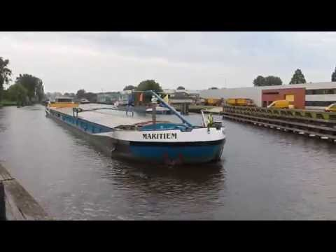 Xxx Mp4 Have You Ever Seen A Peeing Ship Cameraman Was Busy 3gp Sex