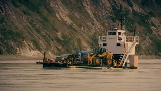 Tony Beets's Barge Is A Delicate Piece Of Machinery | Gold Rush