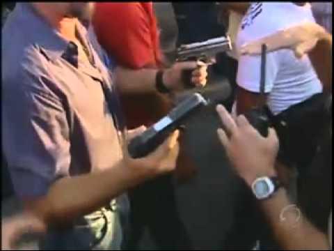 Briga Feia entre policiais civis e militares em MG. Vergonha