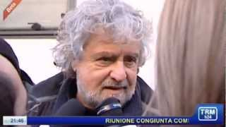 Beppe Grillo a Matera. Scattano le critiche al Governo Monti e ai movimenti di seconda mano.