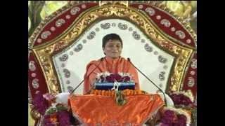 Gita Didi Katha At Bapunagar - Day 1 part 4 | 17 Nov 2012