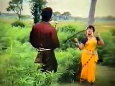 Bangla Movie Song   Beder Meye Josna Aamay Kotha Diyeche 640x360