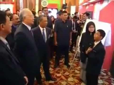 Najib dimalukan dgn budok skoloh jawapannya adalah BABI