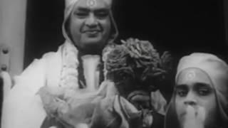 Kapurush Mahapurush Movie Trailer
