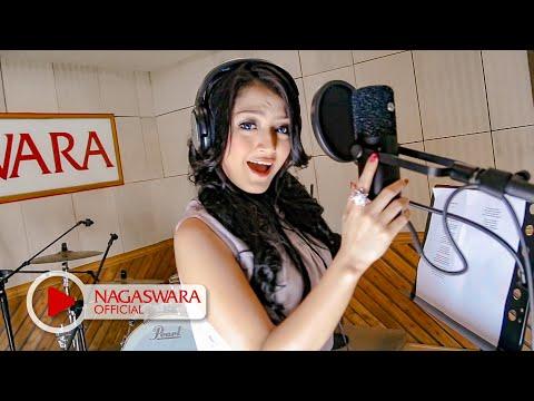 Siti Badriah - Melanggar Hukum (Official Music Video NAGASWARA) #music