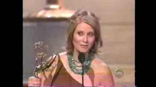 Cynthia Nixon wins 2004 Emmy Award for Supporting Actress in a Comedy Series
