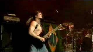 SOULFLY - Roots Bloody Roots (OFFICIAL LIVE)