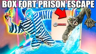 UNDERWATER BOX FORT PRISON ESCAPE 📦🚔 Pond Monster!