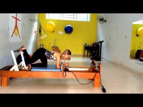 Definir e aumentar pernas e gluteos com aula de pilates