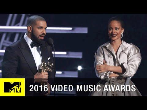 Drake Presents Rihanna w Vanguard Award 2016 Video Music Awards MTV