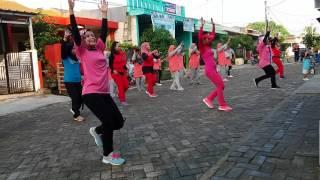 Senam Kreasi Dangdut Oplosan GEMU FA MI RE  Perum Kembang Arum Rangkasbitung