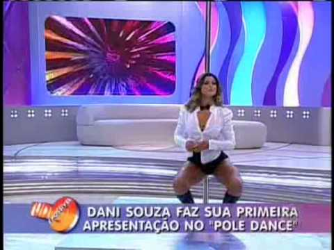 Mulher Samambaia no Pole Dance Tudo é Possivel 18 04 2010