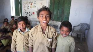 Chhalakata hamro jawaniya a raja bhojpuri song by school student