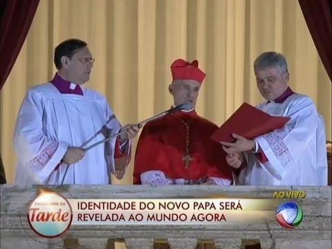 Argentino Mario Bergoglio é eleito o novo Papa