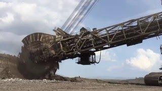 Bucket Wheel Excavator - Mining Mega Machines
