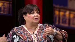 LATEST NEWS LIVE Mind Your Language star Francoise Pascal gets intimate with Mike Mendoza