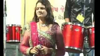 Gujarati Garba Song Navratri Live 2011 - Kalol - Darshna Vyas, Vipul Panchivala - Day-4 Part-13