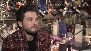 "Kit Harington takes on ""Saturday Night Live"""