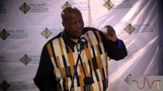 Mzwakhe Mbuli performs for Mandela