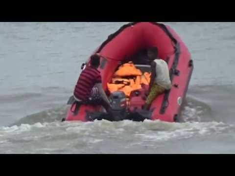Incredible India Tour   An Uncontrollable Rafting Boat In The Beautiful Digha Sea   Digha, W. Bengal
