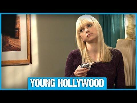 Xxx Mp4 Anna Faris Cast On The Set Of MOM 3gp Sex