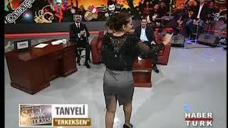 Tanyeli Seksi İtalyan Bacak - Kalça Show