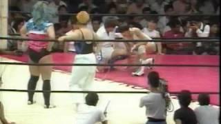 AJW - Bull Nakano & Bat Yoshinaga vs Akira Hokuto & Sakie Hasegawa (2/2)