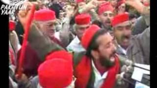 Pukhtoon zwe da Baba yama by Sardar Ali Takkar from Pukhtoonyar PSF UOM