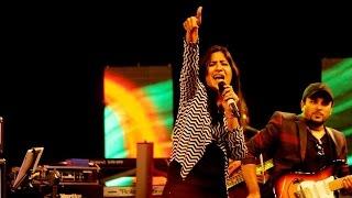 Shweta Mohan Live Performance Hossana (Vinnai Thandi Varuvaya)  - Ahalia Sarangi 2016