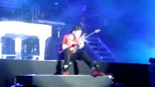 Down To Earth - Justin Bieber's concert in Brazil 10/08/11 (08/10)