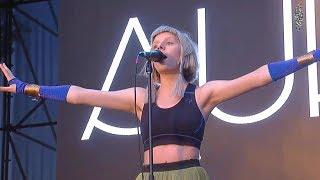Aurora - Soft Universe (Live Lollapalooza Chile 2018)