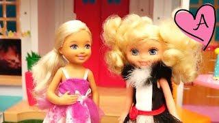 Casa de Barbie que habla Hello Dreamhouse Chelsea celebra su cumpleaños y una niña le tiene envidia