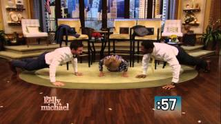 Push-Up Competition Between Stephen Amell and Kelly and Michael