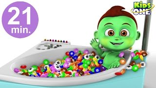 BABY HULK Bath Time in Real Life | Learn Colors with M&M