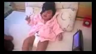 Small boy cry for  sunnileon vedio