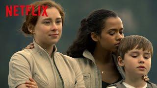 Lost in Space | نبذة: رحلة عائلة روبنسون [HD] | Netflix
