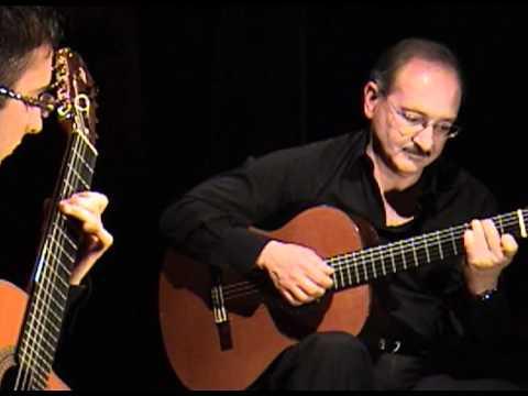 Hugo Blanco Moliendo Café Beni Baute s version played on the requinto by Luis Alejandro García.