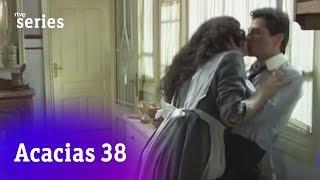 Acacias 38: Antoñito sufre los efectos de la tarta de Lolita #Acacias547   RTVE Series