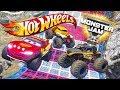 HOT WHEELS MONSTER JAM TRUCK CHALLENGE (Cars 3 Challenge)