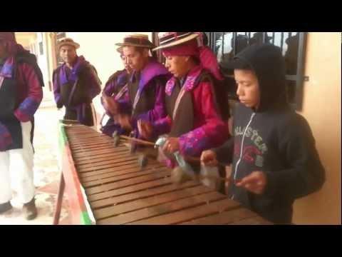 Marimba tradicional San Juan Atitán.mp4