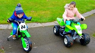 Giant Quad & Motorbike Toy/ Family Fun Kids Video/Bunny Hunt