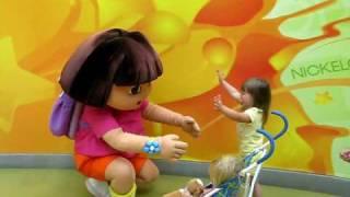 Girls meet Dora Aug 2009