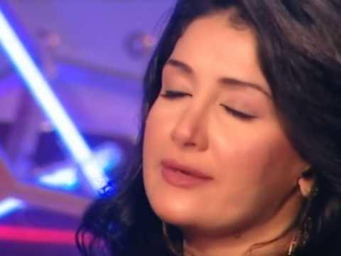 لأول مرة بكاء الفنانة غادة عبد الرازق فى برنامج و يقلب بضحك هستيرى على الهواء